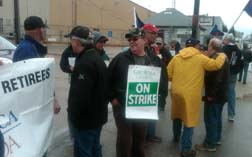 CAW protest rally outside Bristol Aerospace Plant in Winnipeg MB