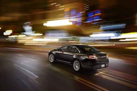 The sportiest Taurus yet to wear the acclaimed Super High Output badge, the SHO offers 365 hp, a broad torque band, all-wheel drive, while delivering 25 EPA-rated highway mpg.
