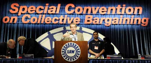 UAW President Bob King addresses 1,200 national delegates Tuesday, the first day of the special convention, at Cobo Center in Detroit. (David Coates / The Detroit News)