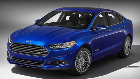 The 2013 Ford Fusion Hybrid won Best New Family Car (over $30k) at AJAC's 'Best New' vehicle awards event.