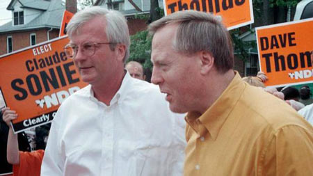 Former Ontario MPP Peter Kormos, left, is seen visiting a farmers' market in Welland, Ont., in 1999. Mr. Kormos died March 30, 2013, at the age of 60. (Joop Gerritsma/CP)