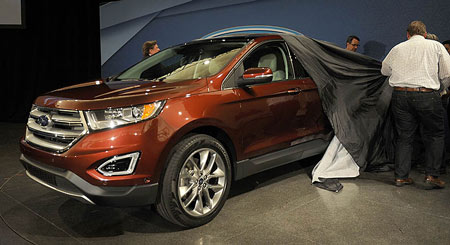 Ford takes the wraps off of the 2015 Edge Crossover at a press conference at the Ford Product Development Center in Dearborn, June 24, 2014. (Charles V. Tines / The Detroit News)