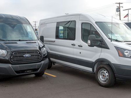 Its multiple configurations available on body length, wheelbases and roof heights has quickly made the Transit van popular for Ford.