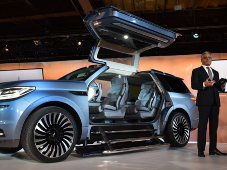 Lincoln President Kumar Galhotra introduced the Lincoln Navigator concept to the media Monday night, ahead of its official debut at the New York International Auto Show on Wednesday, March 23, 2016.  Sam VarnHagen