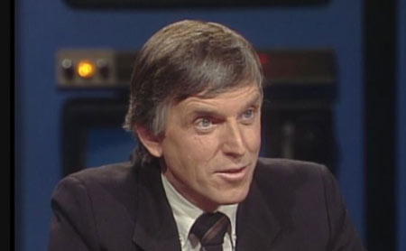 Bob White, seen here on CBC's The Journal in 1984, led the Canadian split from the U.S.-based United Auto Workers union to form the Canadian Auto Workers. (CBC)
