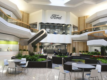 The grand atrium at Ford Motor Co.'s office space for engineers and development employees encourages socializing inside a wing at Fairlane Town Center in Dearborn.