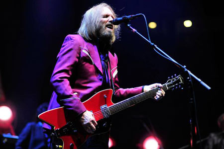 Tom Petty and The Heartbreakers perform at Viejas Arena on August 3, 2014 in San Diego, California.